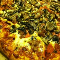 Photo taken at Gianni's Pizza by jimmy2beers on 3/2/2014
