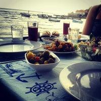5/25/2014 tarihinde ✨💫GöZde💫✨ziyaretçi tarafından Karina Balık Restaurant'de çekilen fotoğraf