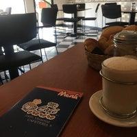 Photo taken at Mi Cafe 100% Veracruz by Chivis C. on 4/23/2017