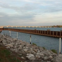 Photo taken at MacArthur Bridge by Andrea F. on 10/9/2012