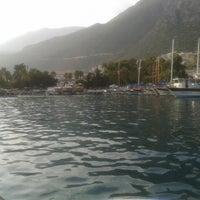 7/17/2013 tarihinde Ayşe D.ziyaretçi tarafından Kaş Limanı'de çekilen fotoğraf