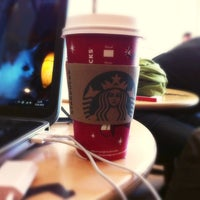 1/15/2013 tarihinde Sanem K.ziyaretçi tarafından Starbucks'de çekilen fotoğraf