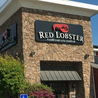 Photo taken at Red Lobster by Russ L. on 5/8/2016