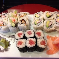 Photo prise au Sushi Tsune par Arthur B. le12/30/2013