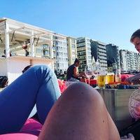 Foto tomada en Beachbar Clapotis por Miek D. el 8/1/2018