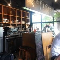 รูปภาพถ่ายที่ Zana's Bean Coffee โดย Chaisiri J. เมื่อ 8/4/2018