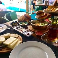 Das Foto wurde bei Brera boutique otel von Pınar ❣. am 9/3/2017 aufgenommen