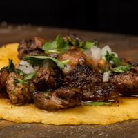 11/20/2013 tarihinde Otto's Tacosziyaretçi tarafından Otto's Tacos'de çekilen fotoğraf