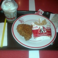 Photo taken at KFC by S Vera H. on 3/31/2013