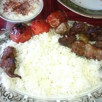 Photo taken at Amoo Mousa Katteh Kabab | كته كبابي عمو موسي by Amir S. on 10/4/2014
