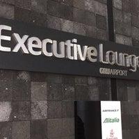 Foto tirada no(a) Executive Lounge por Norman Garcia em 2/15/2018