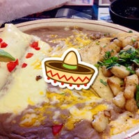 Photo taken at Mamaveca Mexican Restaurant by Jimmy R. on 5/5/2015