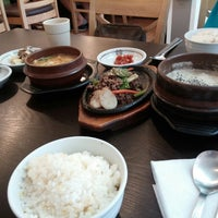 Photo taken at 수라 by 지애 박. on 5/16/2014