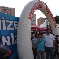Photo taken at Zeytinburnu Fetih Kermesi by Adem5334 on 6/8/2014