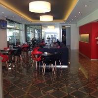Photo taken at Ristorante Pizzeria L'Ora by Consuelo G. on 5/18/2014