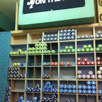 Photo taken at Fat Cat Spraystore by Sara S. on 10/17/2013
