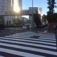 Photo taken at 青山通り (青山学院前) by Haruhiko E. on 5/5/2015