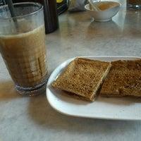 9/27/2012 tarihinde 余 长.ziyaretçi tarafından OldTown White Coffee'de çekilen fotoğraf