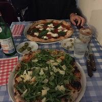 Photo prise au La Bottega della Pizza par Ally C. le10/12/2016