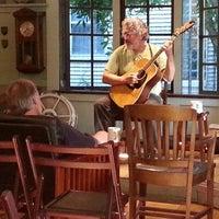 8/8/2013 tarihinde Mike B.ziyaretçi tarafından C & P Coffee'de çekilen fotoğraf