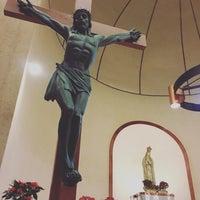 Photo taken at Iglesia de Nuestra Señora de Fátima by Rodolfo Alberto C. on 12/25/2015