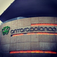 Foto tomada en Antara Fashion Hall por Rodolfo Alberto C. el 7/13/2013