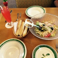 Foto tomada en Olive Italian Restaurant por Evelyn R. el 10/11/2014
