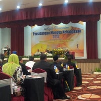 Photo taken at TH Hotel & Convention Centre by Fitri R. on 10/7/2013