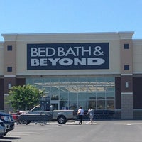Photo taken at Bed Bath & Beyond by Ronda H. on 7/25/2013