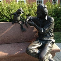 Photo taken at Jim Henson Statue by Joel Z. on 8/31/2013