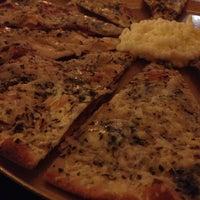 Photo taken at Gioconda Heleniká Pizza Grega by Fabiola C. on 4/4/2013