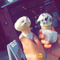 Photo taken at Lizzy's Homemade Ice Cream by Rawan 🎀 on 7/19/2015