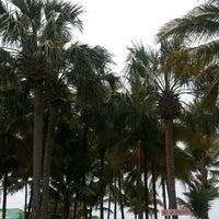 Foto tomada en Hotel Izalco & Beach Resort por Misael H. el 4/27/2014