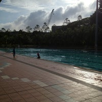 Photo prise au Yio Chu Kang Swimming Complex par amanda le3/2/2013