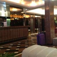 Das Foto wurde bei Copacabana Rio Hotel von Thiago Augusto M. am 10/5/2012 aufgenommen