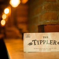Foto tomada en The Tippler  por Compass el 7/23/2013