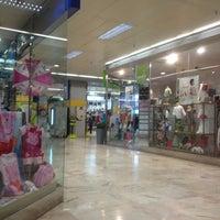 Foto tomada en Centro Comercial Salesas por Jose Maria el 5/9/2013