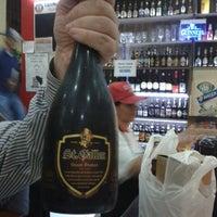 Foto tirada no(a) Rotisserie e Espetinhos Nipon por Carlos V. em 7/12/2013