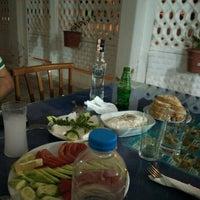 Photo taken at Gerçek Yalı Pide Kebap Salonu by Melih C. on 5/16/2015
