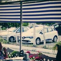 Photo taken at Gerçek Yalı Pide Kebap Salonu by Melih C. on 6/27/2014