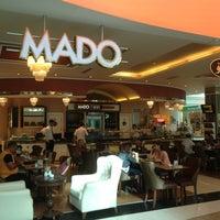 7/12/2013 tarihinde Rebaz M.ziyaretçi tarafından Mado Cafe, Family Mall'de çekilen fotoğraf