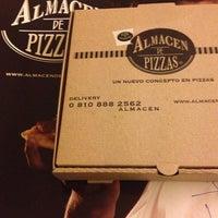 Foto tomada en Almacén de Pizzas por Pau T. el 3/17/2013