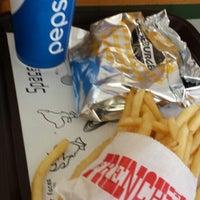 Photo taken at Big Boy Burgers by Fraydoun S. on 10/2/2013