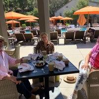 รูปภาพถ่ายที่ The Lodge Restaurant @ Carmel Valley Ranch โดย Axel J. เมื่อ 9/23/2018