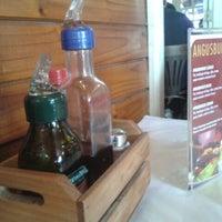 Foto tirada no(a) Restaurante Girassol por André F. em 7/14/2013