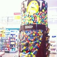 Photo taken at Queluz Supermercado by Débora M. on 9/1/2013