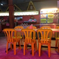 Photo taken at Restoran Ruski Seafood by Faizul H. on 5/10/2013