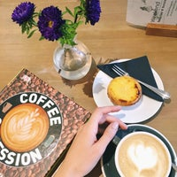 Photo taken at Monks Coffee Roasters by Neonila S. on 9/26/2017