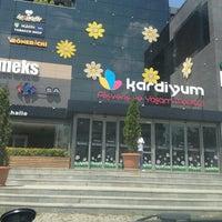 Photo prise au Kardiyum par Bülent E. le7/28/2013