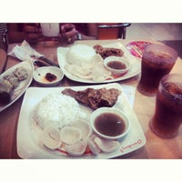 Photo taken at Chowking by Anne P. on 9/21/2013